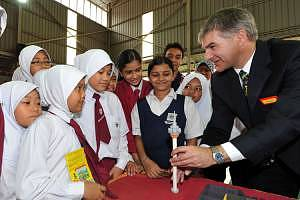 Building Craze To Construct National  Icons For Malaysian Schools Picture 3
