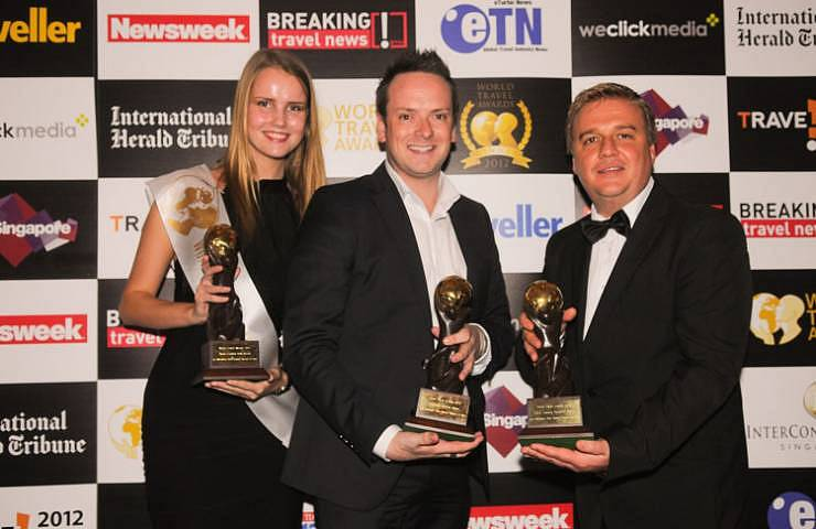 The prestigious awards were presented by Mr. Chris Frost – Vice President of the World Travel Awards (right) to Mr. Ben Strother – Director of Sales & Marketing of Le Méridien Koh Samui Resort & Spa (middle).