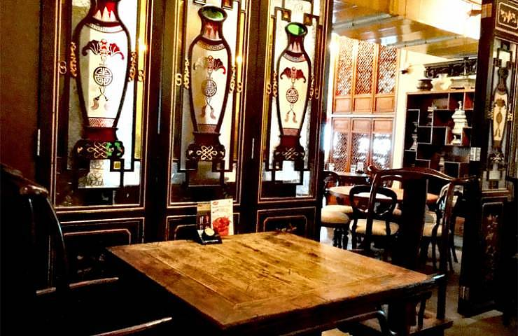 Wood is the main theme of Precioous Old China Restaurant