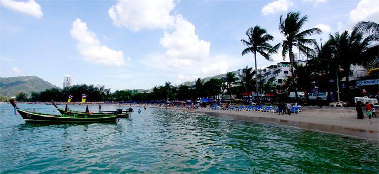 Beachside scenery in Phuket