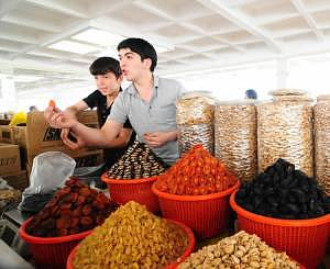 Dry fruit sellers at the Siyob market, next to the Bibi Khanum Mosque