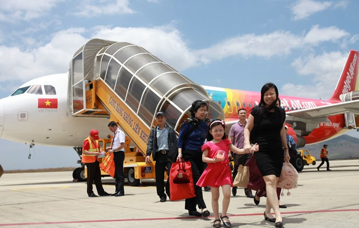 Vietjet offers passengers early-bird fares to avoid the ticket crunch situation